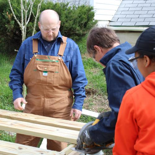 Volunteer with us this Spring!